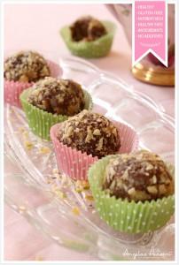 Healthy-raw-food-cinnamon-balls