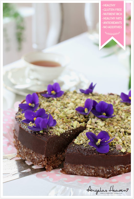 Healthy-gluten-free-raw-food-chocolate-cake