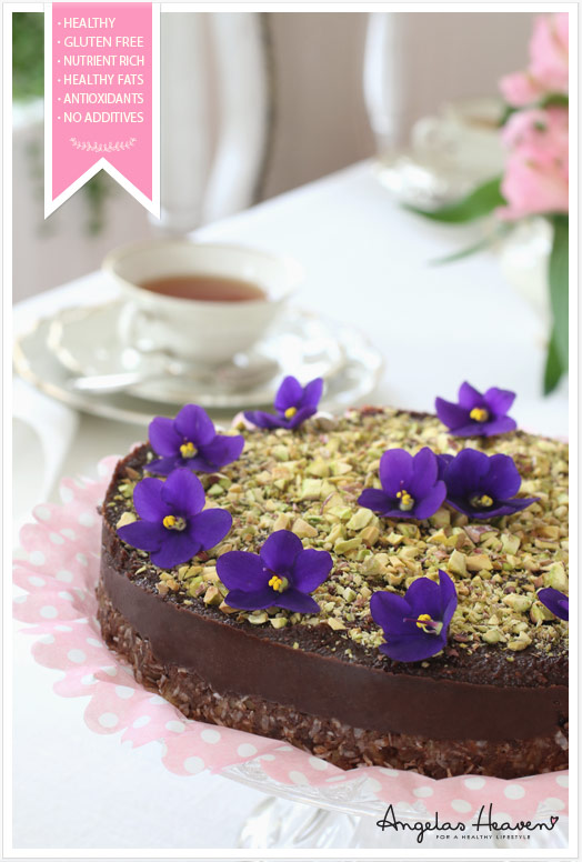 Healthy-gluten-free-raw-food-chocolate-cake3