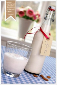 Healthy-vegan-almond-milk2