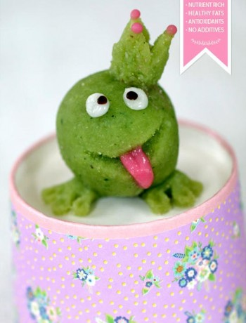 raw-food-marsipan-frog