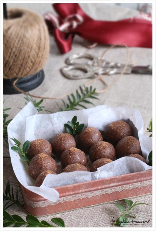 healthy-raw-glutenfree-gingerbread-balls3