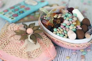 Organic-candy-easter-egg