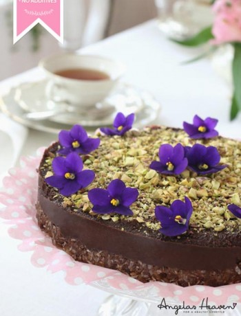 raw-food-chocolate-cake