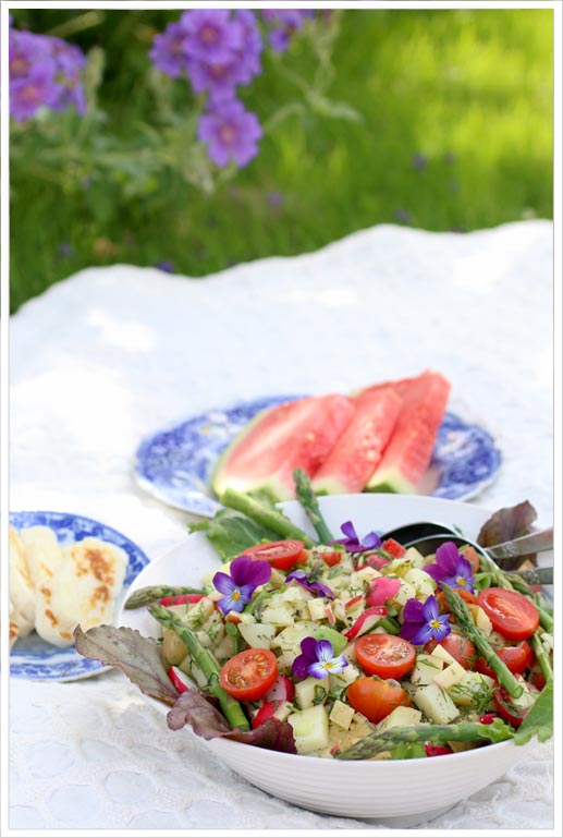 Warm-potato-salad-with-fresh-dillpicnic