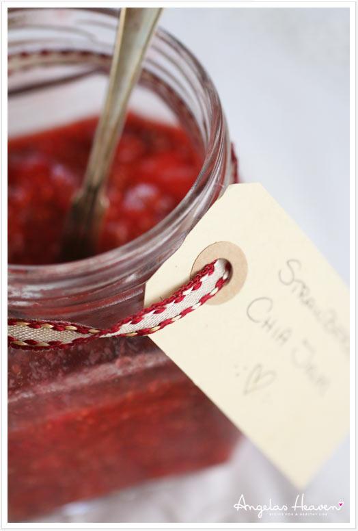 healthy-strawberry-chia-jam